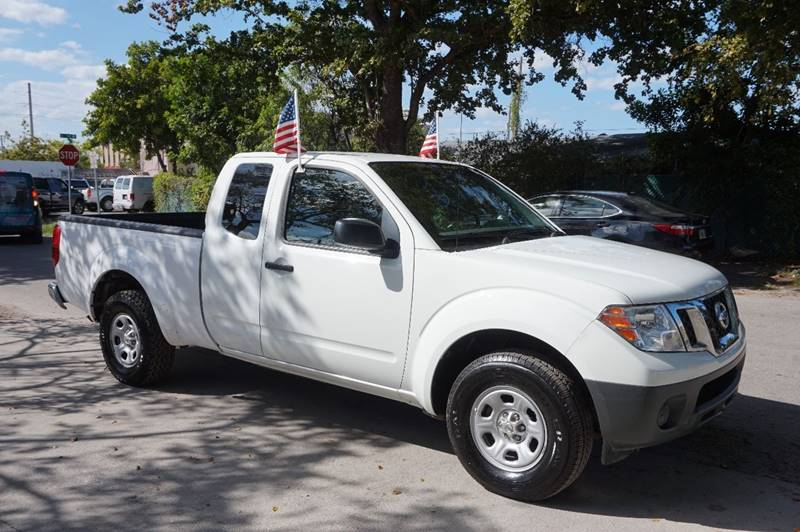 2014 NISSAN FRONTIER S 4X2 4DR KING CAB 61 FT SB PI white  call 888-218-8442 for sales