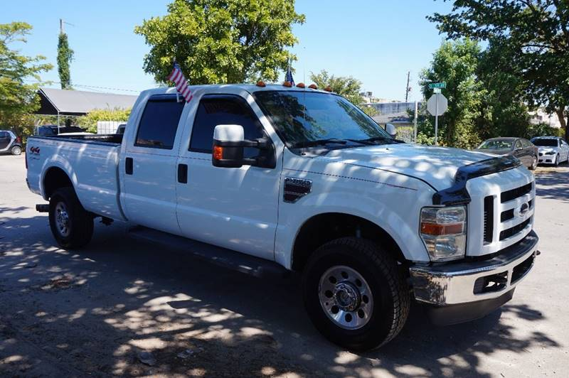 2008 FORD F-350 SUPER DUTY XL 4DR CREW CAB 4WD SB white  call 888-218-8442 for sales   cert