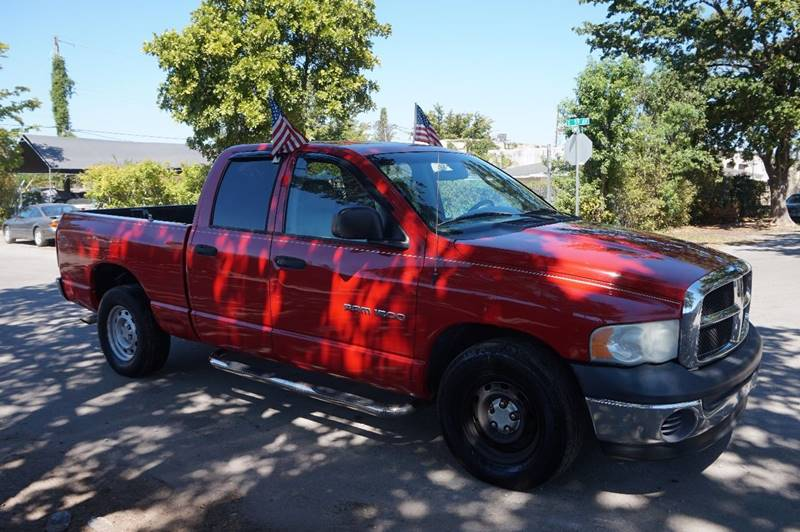2005 DODGE RAM PICKUP 1500 ST 4DR QUAD CAB RWD SB red  call 888-218-8442 for sales  this 20