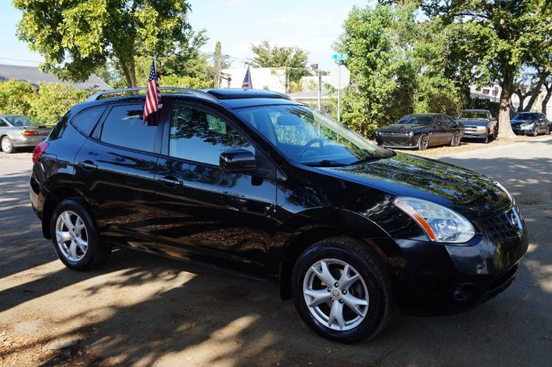 2009 NISSAN ROGUE SL CROSSOVER 4DR black  call 888-218-8442 for sales   vehicle price inclu