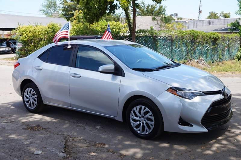 2017 TOYOTA COROLLA LE 4DR SEDAN silver  call 888-218-8442 for sales  this 2017 toyota coro