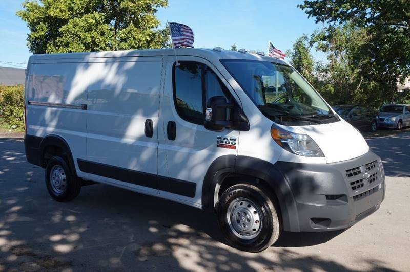 2017 RAM PROMASTER CARGO 1500 136 WB 3DR LOW ROOF CARGO V white  call 888-218-8442 for sales