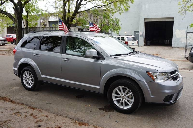 2017 DODGE JOURNEY SXT 4DR SUV silver  call 888-218-8442 for sales  this 2017 dodge journey
