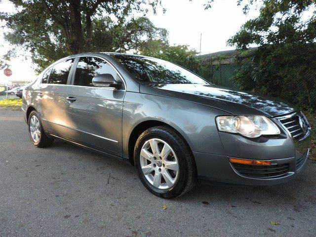 2008 VOLKSWAGEN PASSAT TURBO 4DR SEDAN 6A gray  call 866-378-7964 for sales  this 2008 volk