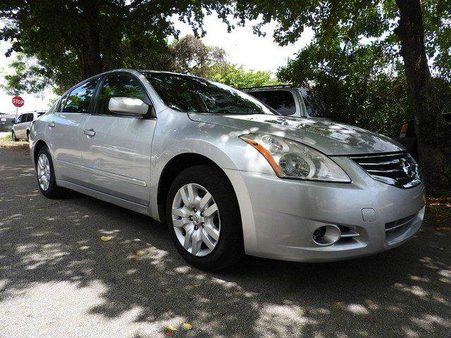 2012 NISSAN ALTIMA 25 S 4DR SEDAN silver  call 866-378-7964 for sales  this 2012 nissan al