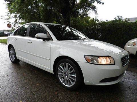 2010 Volvo S40 for sale at SUPER DEAL MOTORS in Hollywood FL