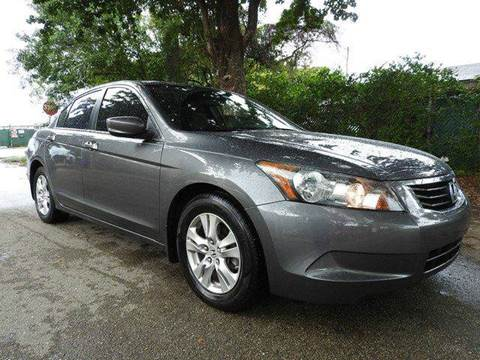 2009 Honda Accord for sale at SUPER DEAL MOTORS in Hollywood FL