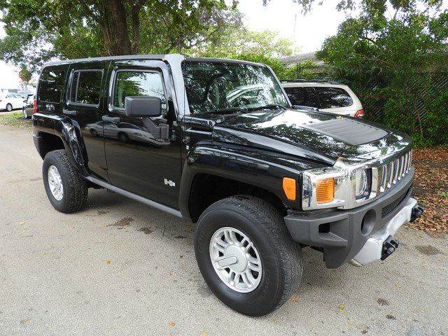 2009 HUMMER H3 BASE 4X4 4DR SUV black  call 866-378-7964 for sales  this 2009 hummer h3 bas