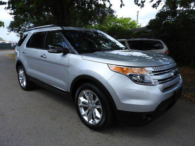 2013 FORD EXPLORER XLT 4DR SUV silver  call 866-378-7964 for sales  this  2013 ford explore