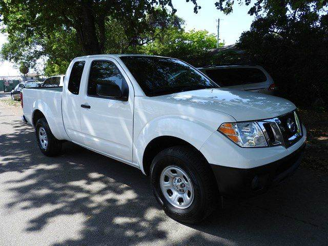 2014 NISSAN FRONTIER S 4X2 4DR KING CAB 61 FT SB PI white  call 866-378-7964 for sales  t