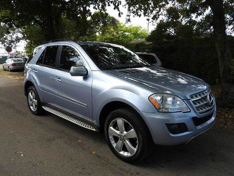 2009 Mercedes-Benz M-Class for sale at SUPER DEAL MOTORS in Hollywood FL