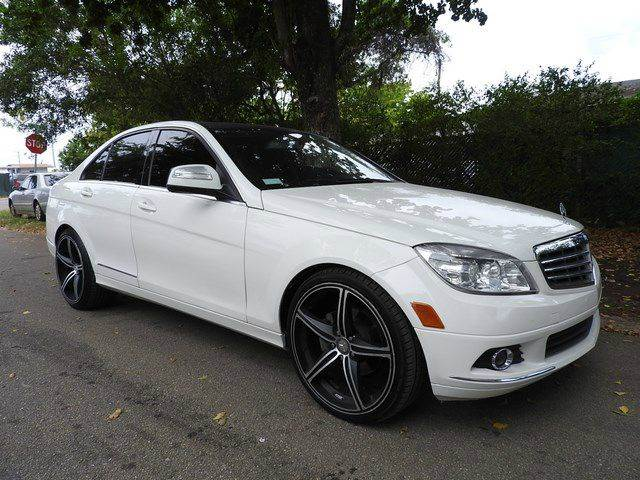 2009 MERCEDES-BENZ C-CLASS C300 SPORT 4DR SEDAN white  call 866-378-7964 for sales  this 20