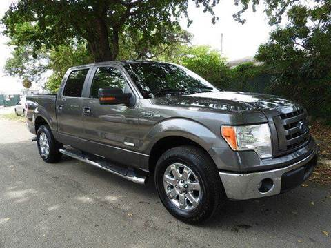 2013 Ford F-150 for sale at SUPER DEAL MOTORS in Hollywood FL