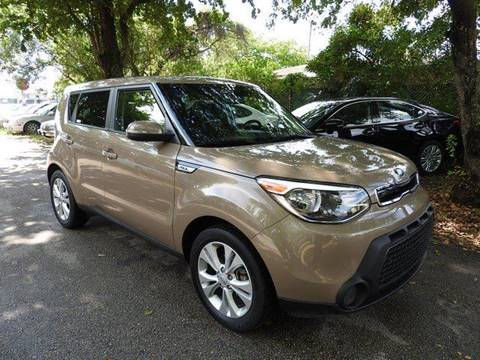 2014 Kia Soul for sale at SUPER DEAL MOTORS in Hollywood FL