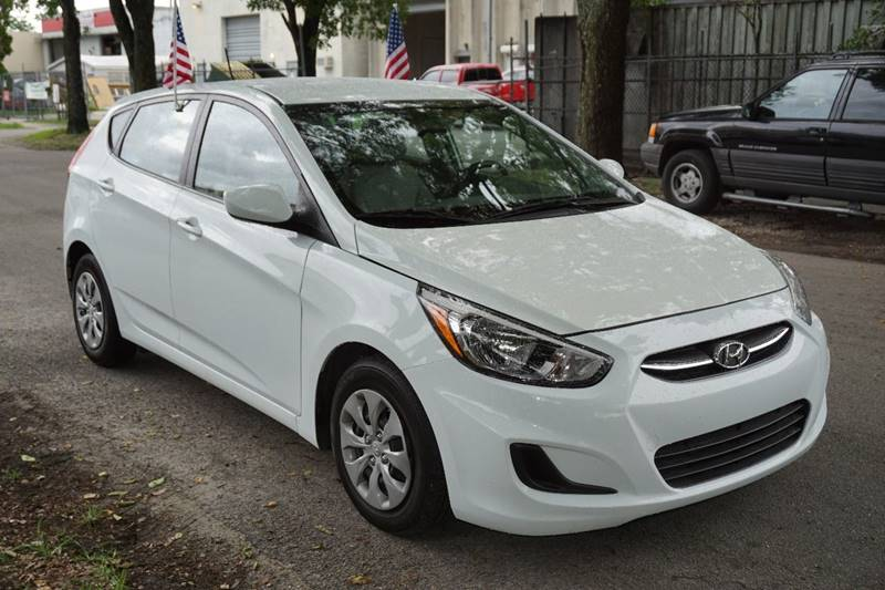 2015 HYUNDAI ACCENT GS 4DR HATCHBACK 6A white  call 866-378-7964 for sales  this  2015 hyun
