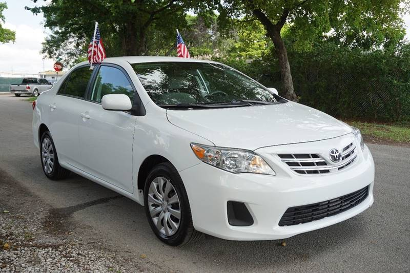 2013 TOYOTA COROLLA LE 4DR SEDAN 4A white  call 866-378-7964 for sales  this 2013 toyota co