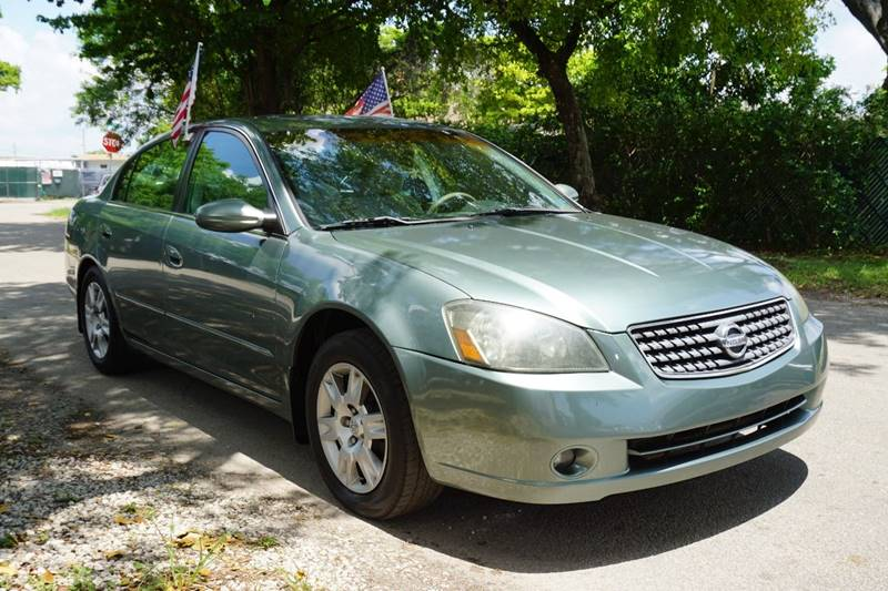 2005 NISSAN ALTIMA 25 S 4DR SEDAN green  call 866-378-7964 for sales  this 2005 nissan alt