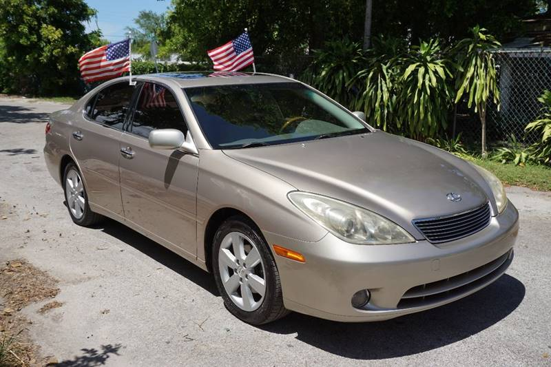 2005 LEXUS ES 330 BASE 4DR SEDAN gold  call 866-378-7964 for sales  this 2005 lexus es 330