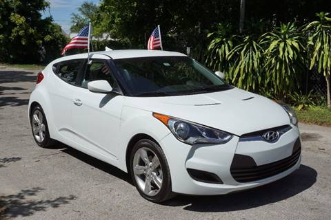 2015 Hyundai Veloster for sale at SUPER DEAL MOTORS in Hollywood FL