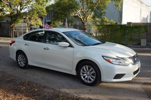 2017 Nissan Altima for sale at SUPER DEAL MOTORS 441 in Hollywood FL