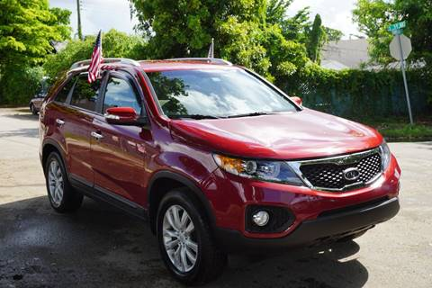 2011 Kia Sorento for sale at SUPER DEAL MOTORS in Hollywood FL
