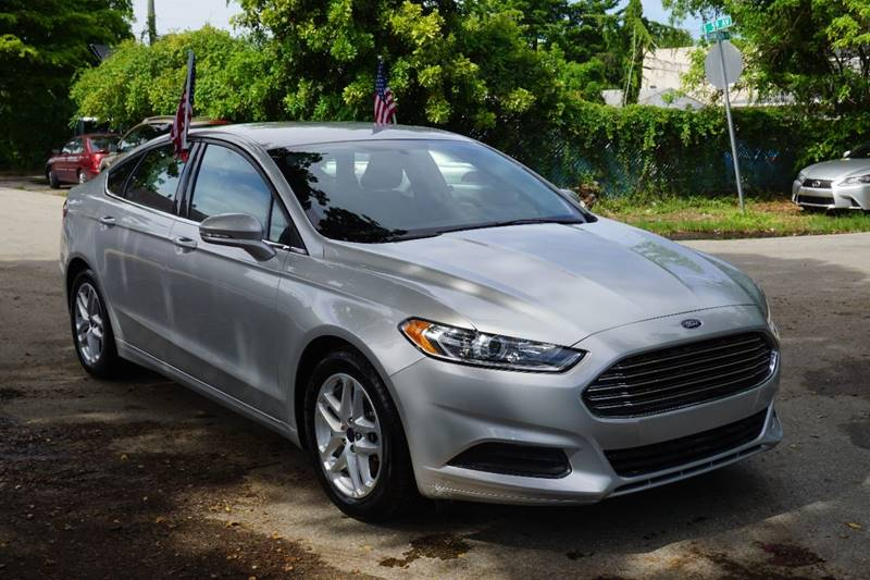 2016 FORD FUSION SE 4DR SEDAN silver  call 866-378-7964 for sales  this 2016 ford fusion se