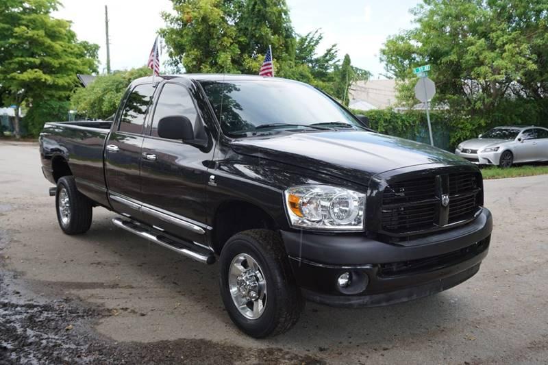 2007 DODGE RAM PICKUP 2500 SLT 4DR QUAD CAB 4X4 SB black  call 866-378-7964 for sales  this