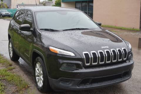 2014 Jeep Cherokee for sale at SUPER DEAL MOTORS in Hollywood FL