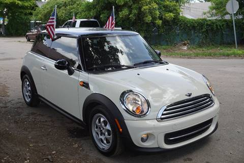 2013 MINI Hardtop for sale at SUPER DEAL MOTORS in Hollywood FL