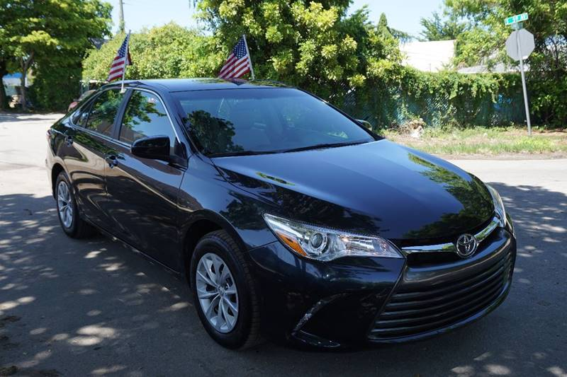 2015 TOYOTA CAMRY LE 4DR SEDAN teal  call 866-378-7964 for sales  this  2015 toyota camry l