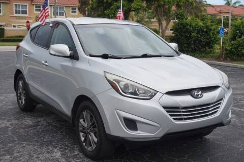 2014 Hyundai Tucson for sale at SUPER DEAL MOTORS 441 in Hollywood FL