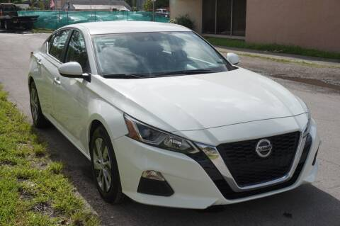 2020 Nissan Altima for sale at SUPER DEAL MOTORS 441 in Hollywood FL