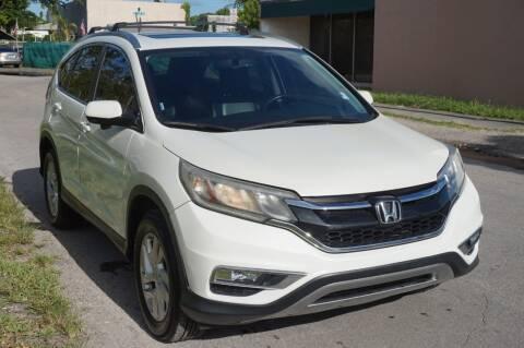 2015 Honda CR-V for sale at SUPER DEAL MOTORS 441 in Hollywood FL