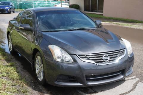 2010 Nissan Altima for sale at SUPER DEAL MOTORS in Hollywood FL