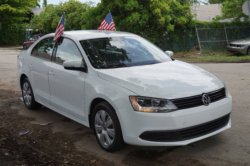 2014 VOLKSWAGEN JETTA SE PZEV 4DR SEDAN 6A white  call 866-378-7964 for sales  this 2014 vo