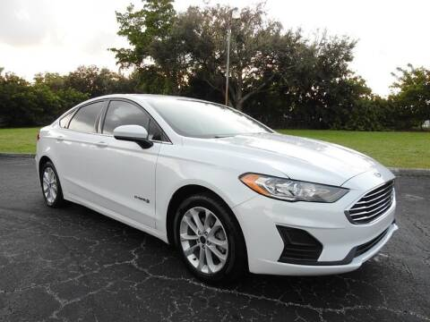 2019 Ford Fusion Hybrid for sale at SUPER DEAL MOTORS in Hollywood FL