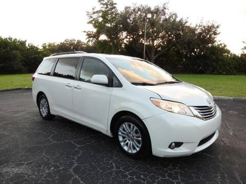 2015 Toyota Sienna for sale at SUPER DEAL MOTORS in Hollywood FL