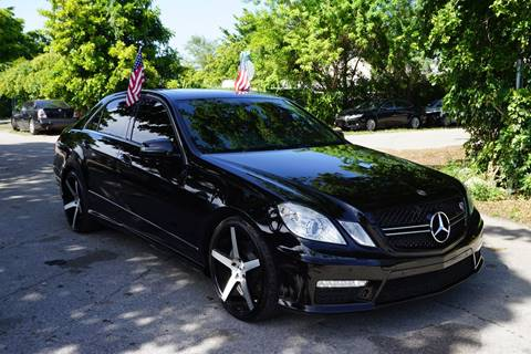 2011 Mercedes-Benz E-Class for sale at SUPER DEAL MOTORS in Hollywood FL