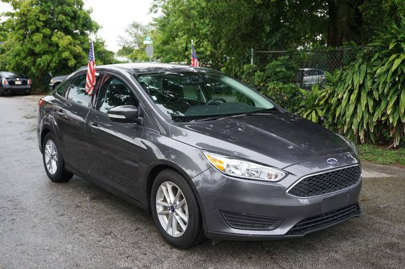 2016 FORD FOCUS SE 4DR SEDAN gray  call 866-378-7964 for sales  this 2016 ford focus se 4dr