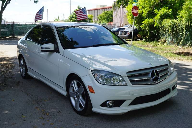 2010 MERCEDES-BENZ C-CLASS C300 SPORT 4MATIC AWD 4DR SEDAN white  call 866-378-7964 for sales