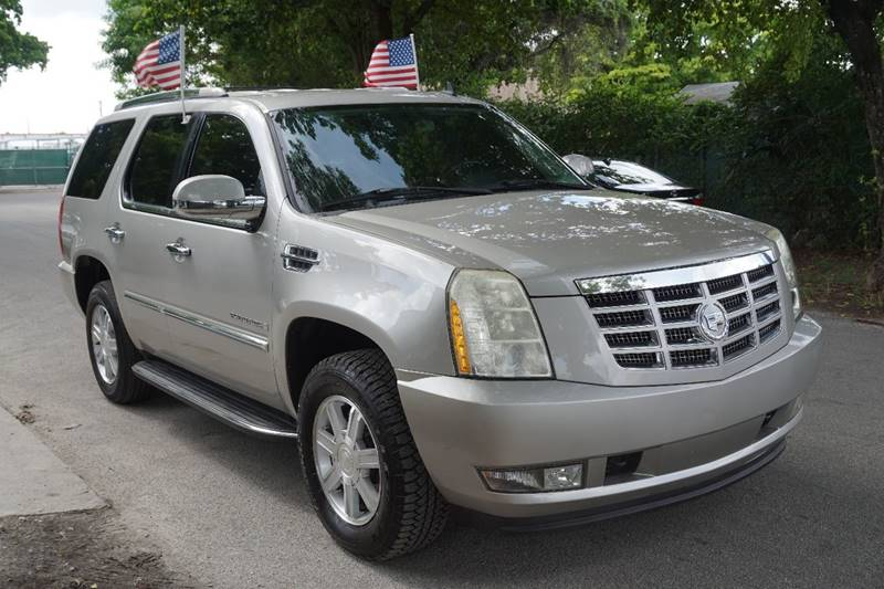 2008 CADILLAC ESCALADE BASE 4DR SUV gold  call 866-378-7964 for sales  this 2008 cadillac e
