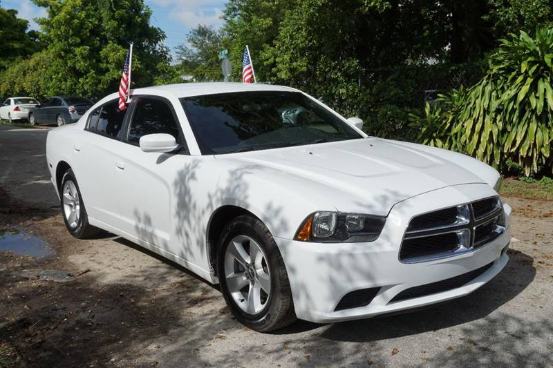2011 DODGE CHARGER SE 4DR SEDAN white  call 866-378-7964 for sales  this 2011 dodge charger