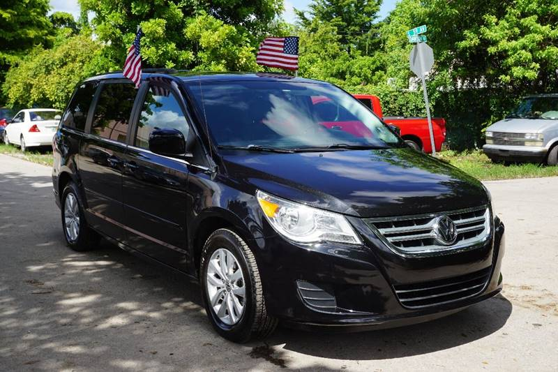 2012 VOLKSWAGEN ROUTAN SE 4DR MINI VAN black  call 866-378-7964 for sales  this 2012 volksw