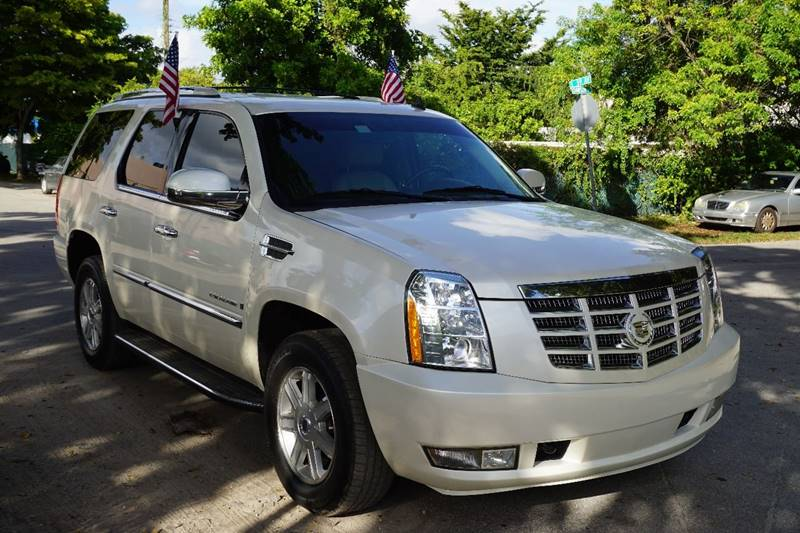 2008 CADILLAC ESCALADE BASE 4DR SUV cream  call 888-218-8442 - 888-218-8442 for sales  this