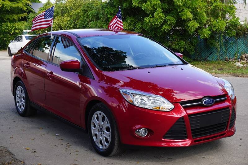 2012 FORD FOCUS SE 4DR SEDAN red  call 866-378-7964 for sales  this 2012 ford focus se 4dr