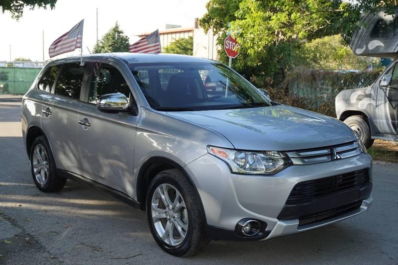 2015 MITSUBISHI OUTLANDER SE 4DR SUV silver  call 866-378-7964 for sales  this 2015 mitsubi