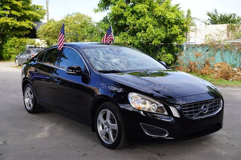 2012 VOLVO S60 T5 4DR SEDAN black  call 866-378-7964 for sales  this 2012 volvo s60 t5 4dr