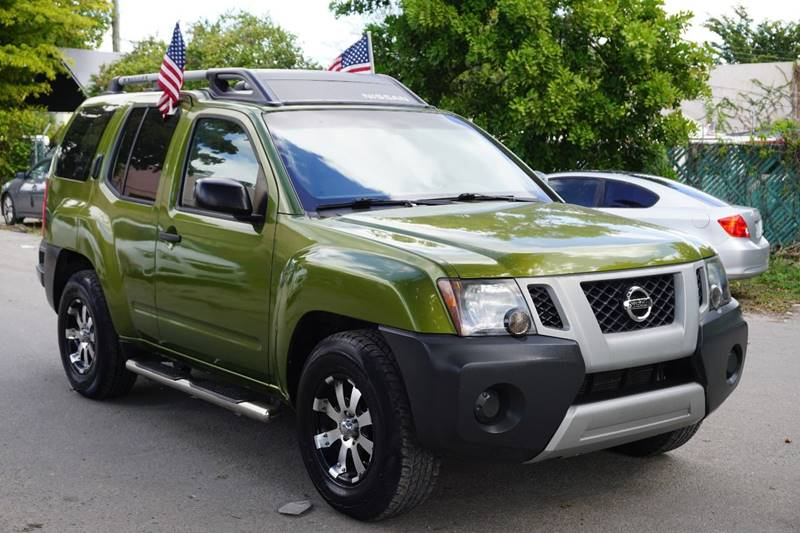 2011 NISSAN XTERRA S 4X2 4DR SUV green  call 866-378-7964 for sales  this 2011 nissan xterr