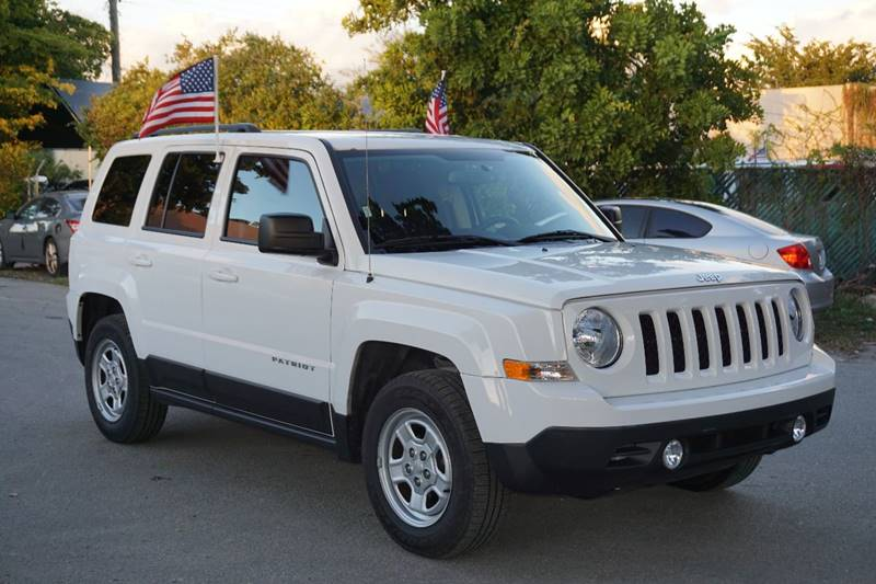 2016 JEEP PATRIOT SPORT 4DR SUV white  call 866-378-7964 for sales  this 2016 jeep patriot