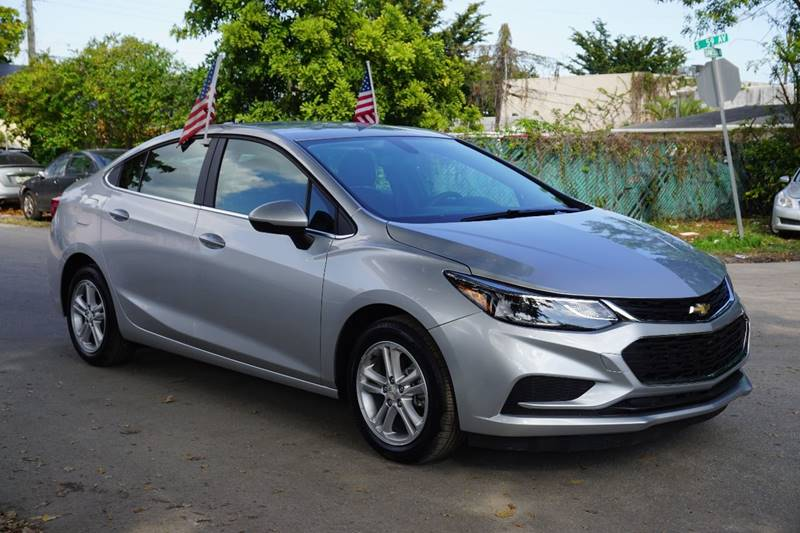 2017 CHEVROLET CRUZE LT AUTO 4DR SEDAN W1SD silver  call 866-378-7964 for sales  this 2017